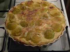 pastry(0.0), banitsa(0.0), zwiebelkuchen(0.0), produce(0.0), pie(1.0), baked goods(1.0), custard pie(1.0), tart(1.0), food(1.0), dish(1.0), dessert(1.0), cuisine(1.0), quiche(1.0),
