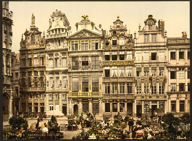 [La Grande Place, the old houses, Brussels, Belgium] (LOC)