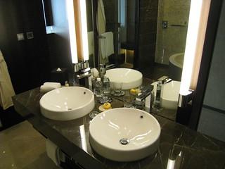 アルティラマカオホテル ウオーターフロントビュー・ルーム 洗面所