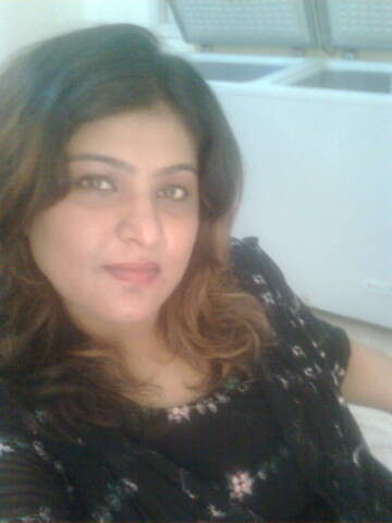Nighat Naz Sindhi Singer