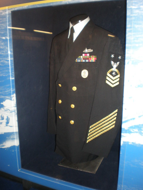 US Officer's Uniforms - The World at War