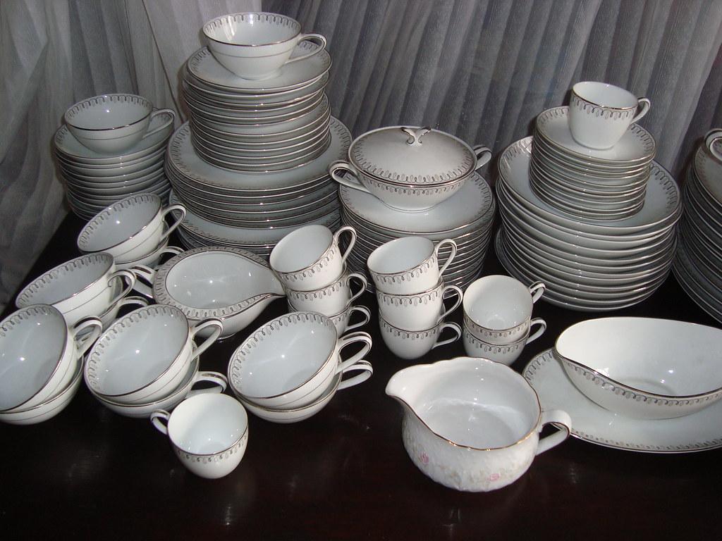Vajilla porcelana noritake impecable completo envio gratis for Vajilla porcelana
