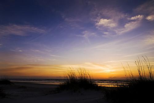 ocean blue sea sky orange usa sun moon beach grass night clouds sunrise landscape hotel sand colours heart florida f100 atlantic 7d fl bluehour dynax frontpage atlanticocean maxxum konicaminolta staugustinebeach v1000 konicaminoltadynax7d konicaminoltamaxxum7d anadelmann