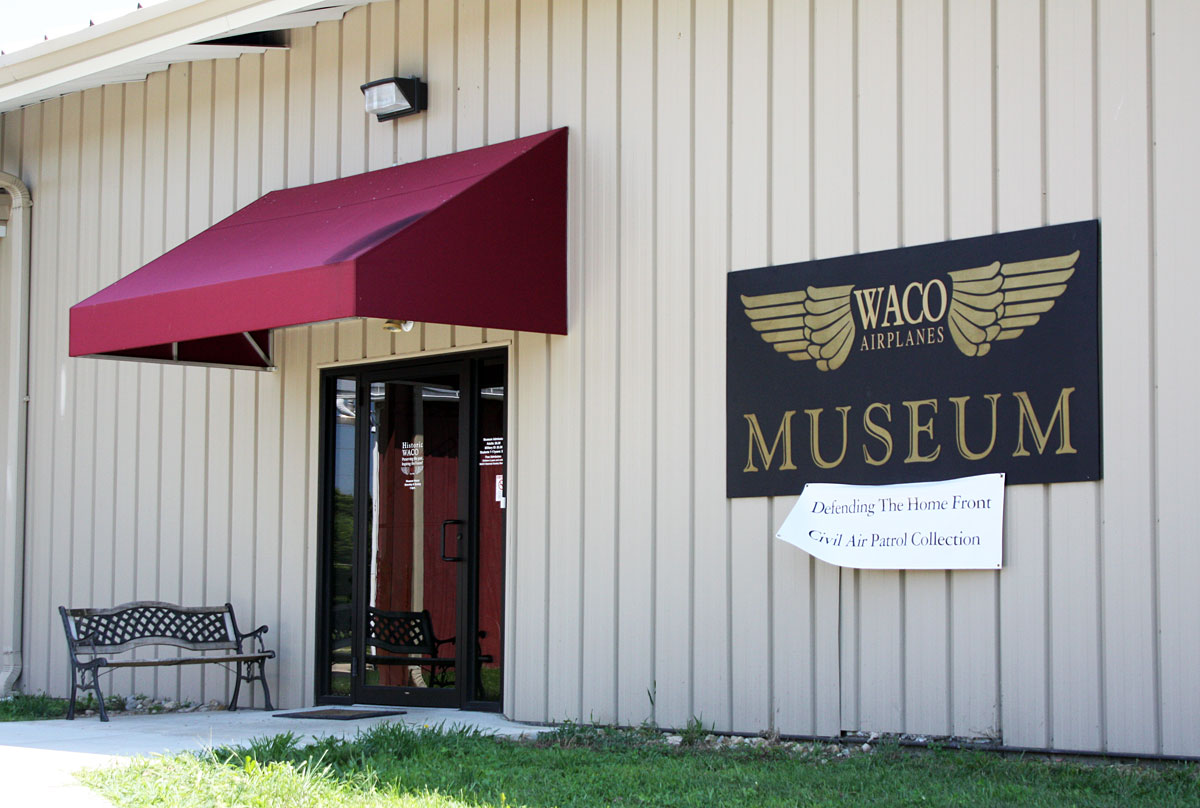 Catch up post driving by the waco field and museum my for American classic homes waco tx