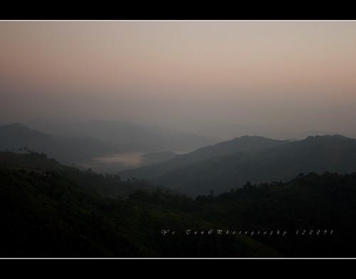 travel sky cloud mist mountain color tree green canon landscape dawn cool asia state myanmar mon earthasia kyaikhteeyoe yetunphotography