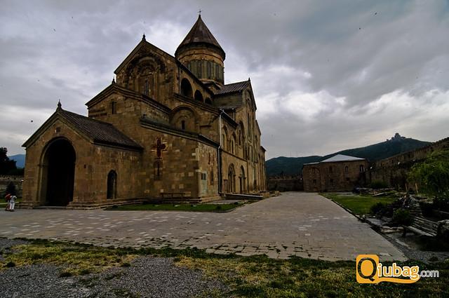 Widok klasztora w Mcchecie w Gruzji