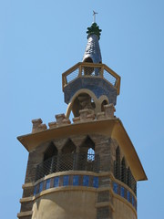 church bell(0.0), clock tower(0.0), landmark(1.0), steeple(1.0), tower(1.0),