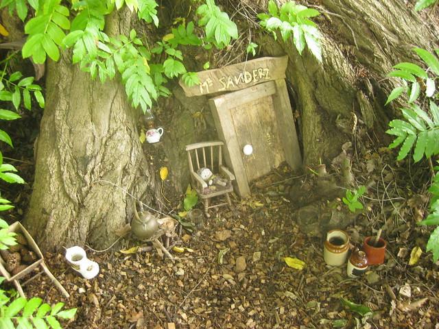 syon house gardens mr sanders grotto flickr photo sharing. Black Bedroom Furniture Sets. Home Design Ideas
