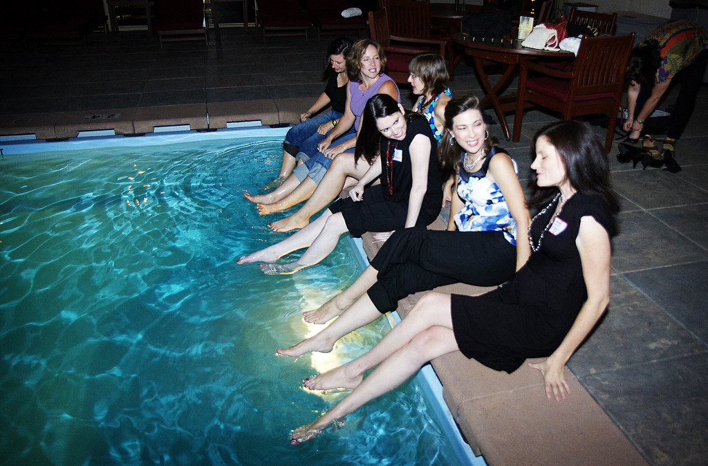 Swimming Pool Clothing : The night when i jumped into a pool fully clothed