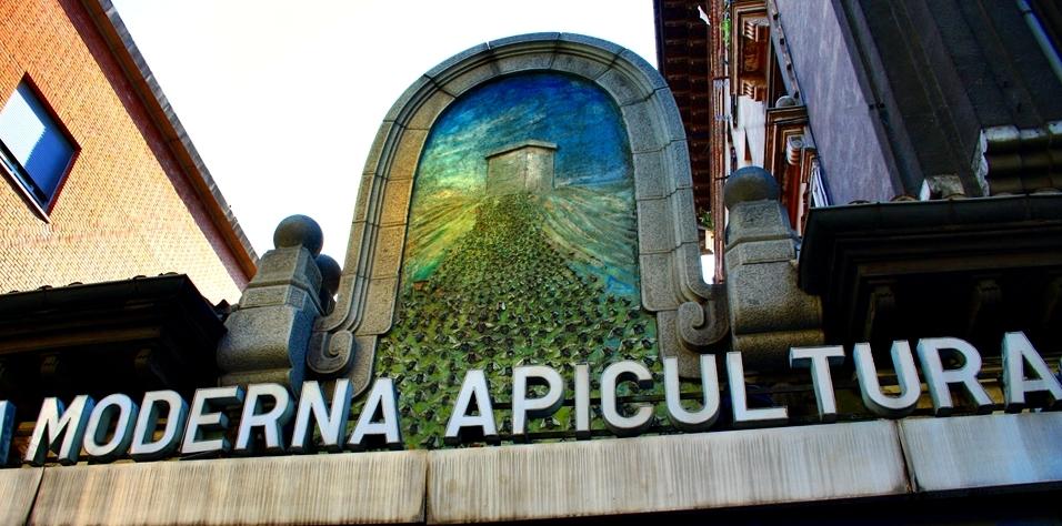 La Moderna Apicultura, la casa de la miel. Calle Doctor Esquerdo. Madrid