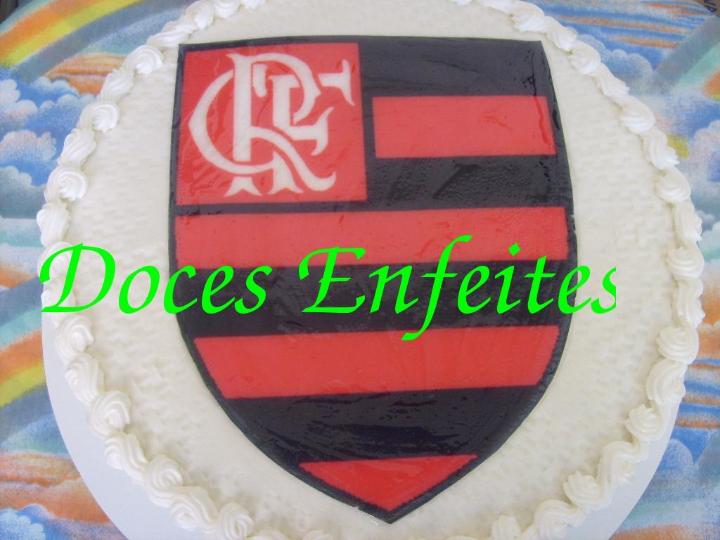 Bolo com Escudo do Flamengo