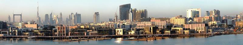 Dubai. Abendstimmung von der Altstadt bis Downtown mit seinen Skyscrapern... ©UdoSm