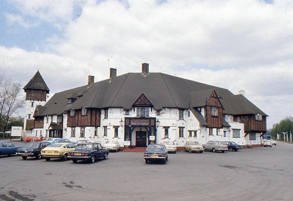 ....Felbridge Hotel....nr. East Grinstead....