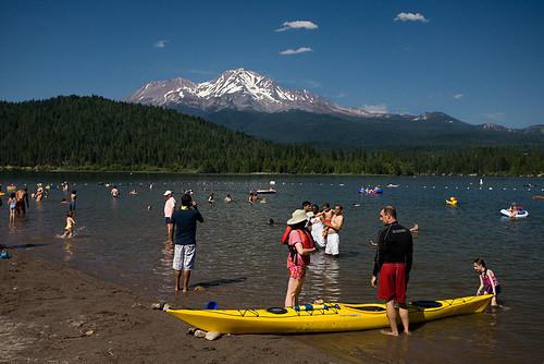 It 39 s always january mount shasta and lake siskiyou wrap up for Lake siskiyou resort cabins