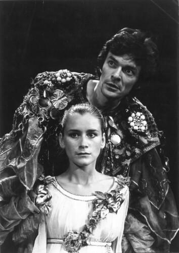 Shakespeare /  Dinu Cernescu: MEASURE FOR MEASURE by Performing Arts / Artes Escénicas