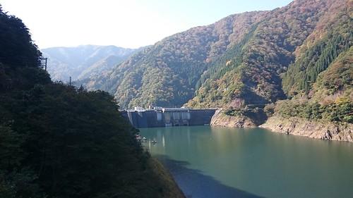 徳山ダムのお供(?)横山ダム