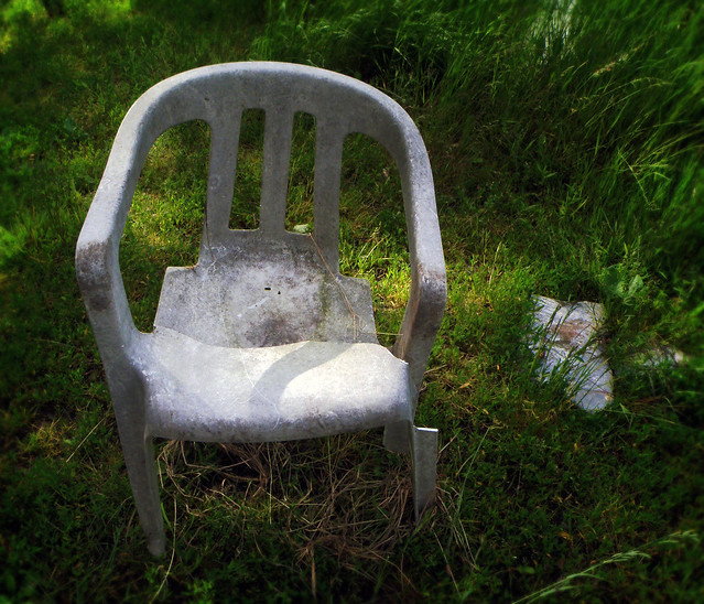 White Plastic Chair Broken Flickr Photo Sharing