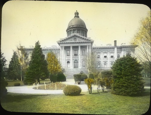 Oregon State Capitol Building in Salem, Oregon