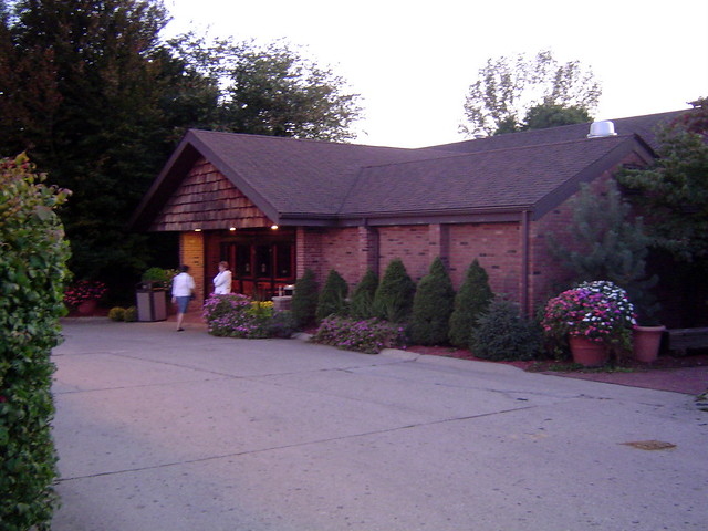 BEEF HOUSE IN COVINTON IND