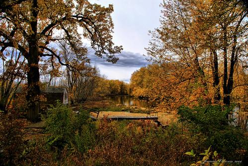 fallcolors massachusetts concordma minutemannationalhistoricalpark concordriver jeanetterunyon oldmanseboathouse