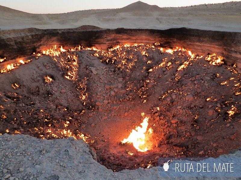 Crater de Darvaza Turkmenistan (1)