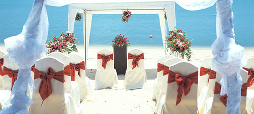 3537318243 101a566baa Make Your Wedding More Fun – Have it on an Island!