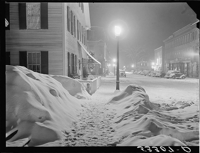 center of town woodstock vermont quotsnowy nightquot loc