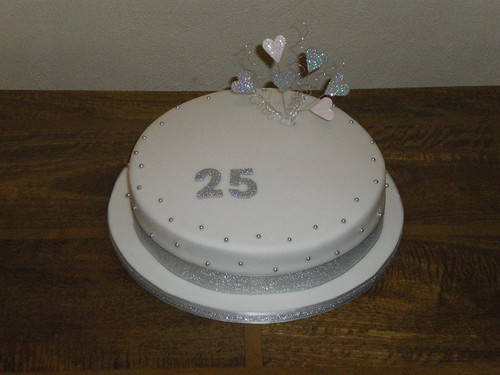 My s blog: Silver wedding anniversary cake based on a ...