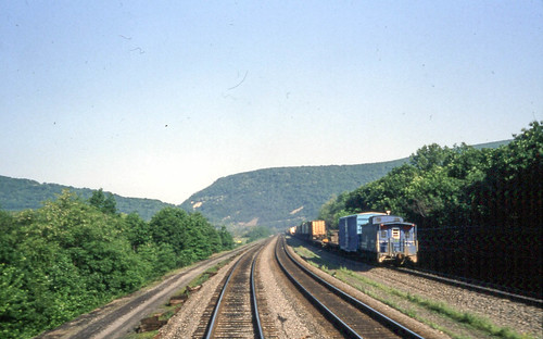 railroad train pennsylvania conrail