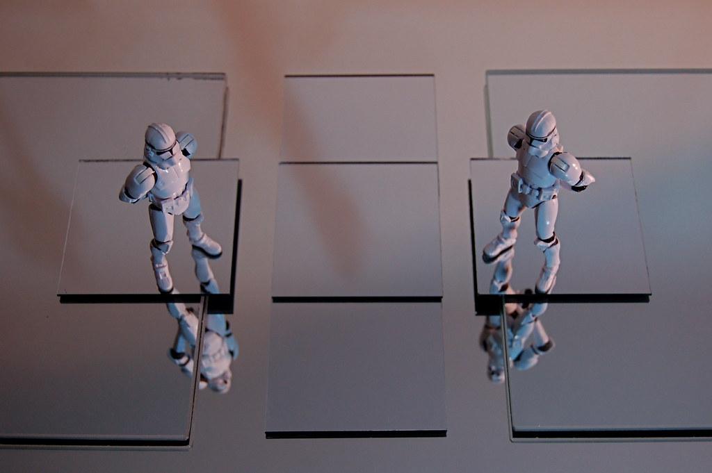 Clones Reflecting
