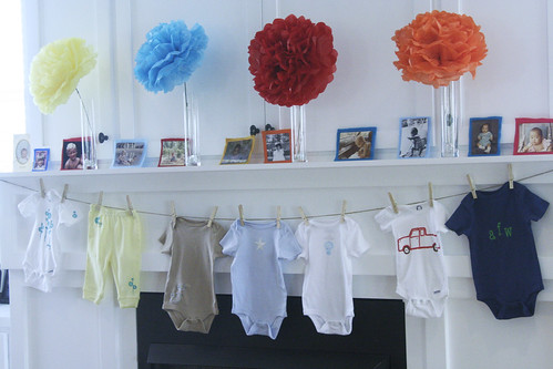 31experiment baby shower for Baby clothesline decoration