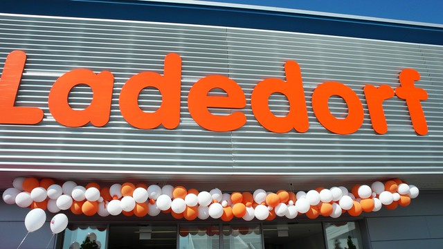 Entrance opening day, Migros Langendorf