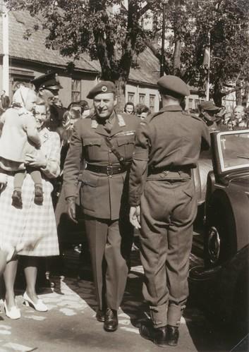 Kronprinsbesøk 1945 / Crown prince Olav visits Trondheim in june 1945