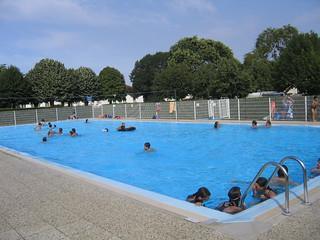 Piscine municipale piscine municipale des ecluzelles for Horaire piscine poitiers