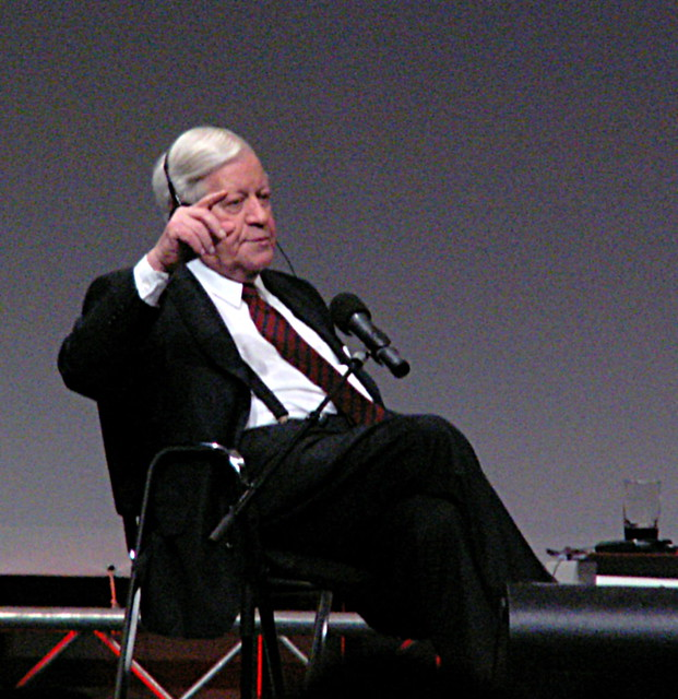 Former Bundeskanzler Helmut Schmidt