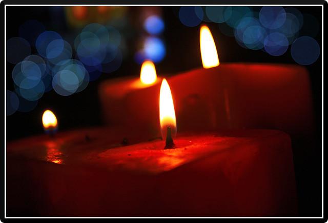 candle-bokeh