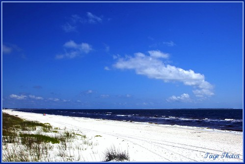 blue sky beach water clouds sand surf waves bluesky desolate soe itail 100commentgroup