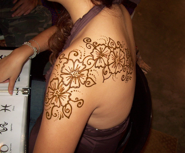 Henna Shoulder Tattoo  Flickr  Photo Sharing