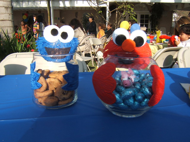 Elmo centerpieces ideas