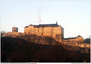 Castle Hrad Cesky Sternberk Burg, pohled z jedouciho vlaku