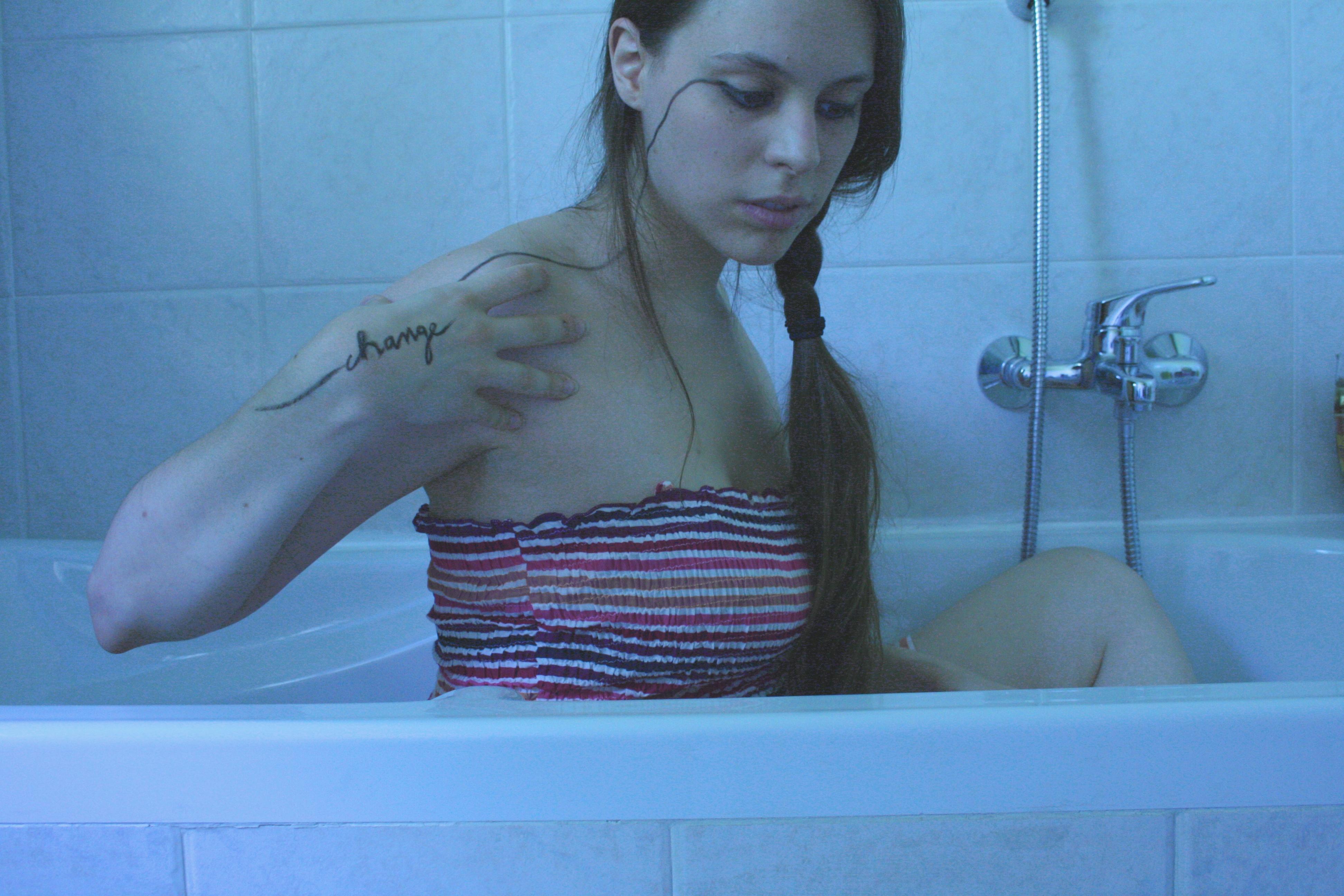 teen suicide by leslie portillo