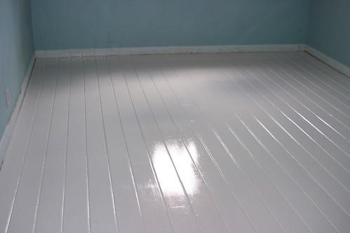 Lori danelle maker of things diy painted white floors for Hardwood floors too shiny