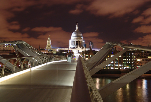 London 24 Millenium Bridge Night DSC07629