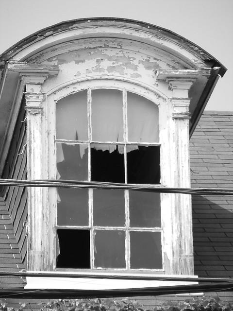 Left dormer window explore road less trvled 39 s photos on fl flickr photo sharing - Dormer skylight best choice ...