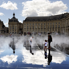 On the Water Mirror in Bordeaux by Laurent Henocque