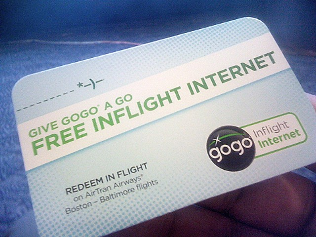 Handed a card for free wifi in-flight so I can tweet from 30k ft