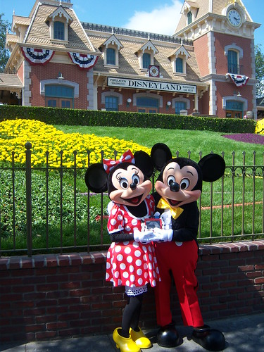 Minnie and Mickey with Birney at the Disneyland Main Entrance