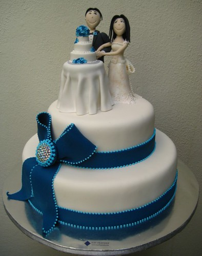 wedding cake on a wedding cake?
