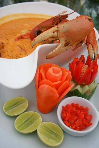 Chupe de cangrejo con tollo frito