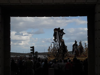 Bilde av Puerta del Puente. santa españa puente spain puerta andalucia cordoba procession andalusia semana spagna descendimiento